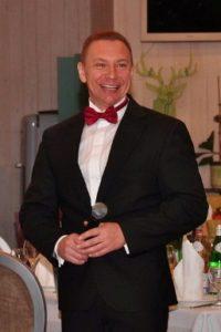 Веселый ведущий на свадьбу А.Громов