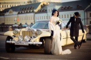 Фото молодых на Ретро-свадьбе