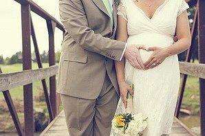 Невеста беременна