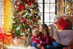 Детишки и подарки