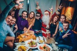 Коллектив с Дедом Морозом