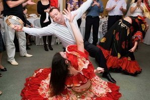 Именинник в танце