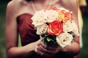 Букет девушки на свадьбе
