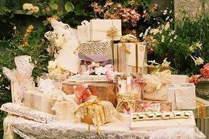 Подарки от щедрых гостей