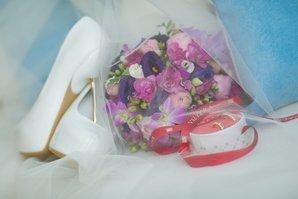 Туфли и букет для невесты необходимы