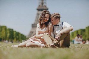 Париж манит