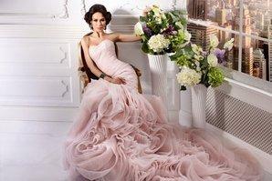 Платье в нежно-розовом цвете