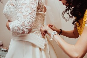 Примерка платья для невесты
