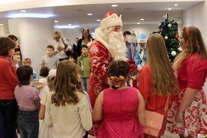 Встречает Дед Мороз